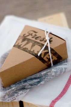 DIY Pie Box cut with the Silhouette   Autumn Market