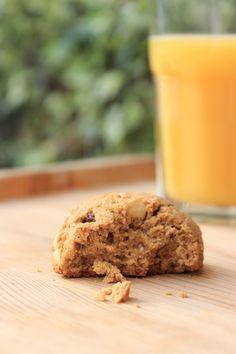 Quoi de mieux qu'une petite recette de biscuits moelleux pour terminer cette semaine merveilleusement ensoleillée? Avec les températures plus que clémentes de ces derniers jours, j'ai d…