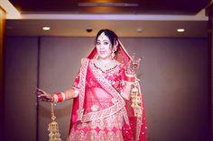 #sabyasachi #indianbride #sabyasachibride Sabyasachi Bride, Punjabi Bride, Lehenga