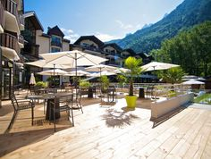 Ideally located in the prime touristic area of Le Cry, Les Aiglons Resort Chamonix Mont Blanc, Refuge, Resort Spa, Skiing, Shades, Patio, France, Mansions, Fresco