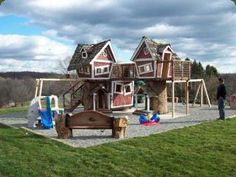 Tree Houses - Tree Houses: Tree Top Towers - 2 tree houses arranged side by side to afford a lot of fun!