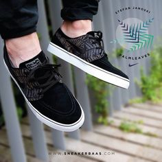 """#stefanjanoski #janoskipalmleaves #janoski #nikejanoski #nikestefan #nikepalmleaves #sneakerbaas #baasbovenbaas  Nike SB Stefan Janoski """"Palm Leaves"""" - Professional skateboarder Stefan Janoski was asked to design his own professional skateboarding shoe in 2009, he decided to create a low profile, classic looking shoe but specially made for skateboarders.  Now online available 