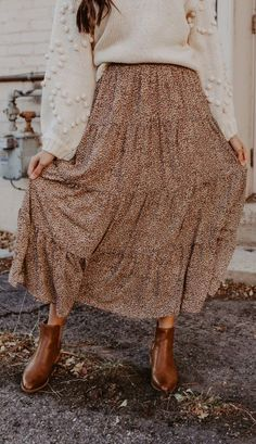 Modest fashion 380483868520669292 - Pride Rock Maxi Skirt Source by Spring Outfit Women, Fall Winter Outfits, Autumn Winter Fashion, Church Outfit Winter, Winter Clothes, Fall Hippie Fashion, Cute Church Outfits, Mode Outfits, Casual Outfits