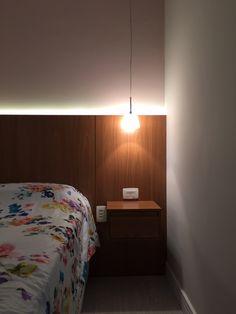 Cabeceira com iluminação em led. Projeto By www.neoarq.com.br SP