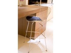 Shuttle Counter Stool - With 2 Pads