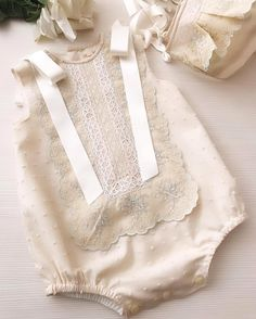 Moda infantil primavera 2019 Ideas for 2019 Kids Outfits Girls, Baby Boy Outfits, Little Girl Fashion, Boy Fashion, Best Hair Ties, Baby Girl Dress Design, Baby Sewing, Boho Outfits, Kids Wear