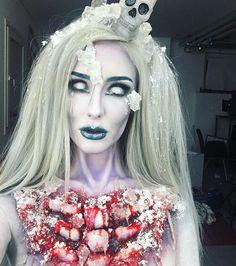 Frozen Zombie girl😨💀 Homemade head piece, cartoonie open chest, ice & snow - kapow 👻😈 Anyone going for a ice cold frozen look?🎃 #makeupartist #makeup #fxmakeup #frozenzombie #zombie #zombiemakeup #coolgirl #icecold #iceprincess #ellimacssfx #makeuptutorial #youtuber #horror #scary #halloween #halloween2016 #blindasabat