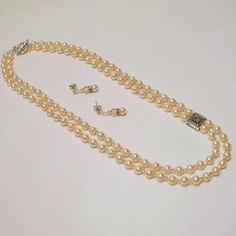 Check out this item in my Etsy shop https://www.etsy.com/listing/60214577/champagne-pearl-and-crystal-double