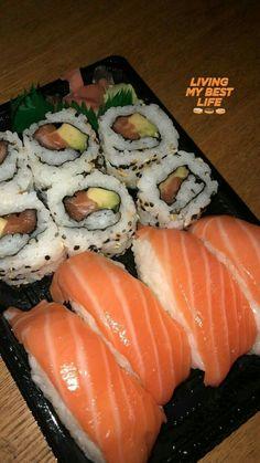 Sushi lifestyle 🍣🍣🍣🍣🍣🍣🍣 by Cute Food, Good Food, Yummy Food, Sushi, Snap Food, Food Snapchat, Food Goals, Aesthetic Food, Food Diary