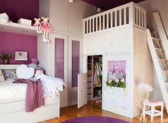 Vestidor Si la habitación tiene un tamaño considerable el vestidor/armario de Stebbing House Design es una opción perfecta y se convertirá en la envidia de cualquier niño (y adulto), ¿no os parece?