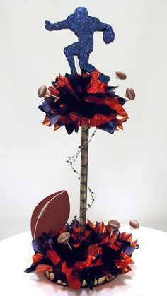 Football Having a Ball Centerpiece - this can be made in about 20 minutes using Awesome Events DIY Centerpiece kits Cheer Banquet, Football Banquet, Football Cheer, Football Stuff, School Football, Football 101, Baseball, Football Centerpieces, Banquet Centerpieces