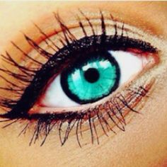 Green eyes and black mascara with touch of eyeliner= perfection Eye Contact Lenses, Lenses Eye, Beautiful Eyes Color, Pretty Eyes, Teal Eyes, Green Eyes, Turquoise Eyes, Eye Color Facts, Eye Facts