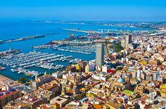 Vista aérea de la ciudad de Alicante.  www.agrupacioncerrajera.es