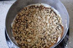 tort inghetata Snickers 026 Oatmeal, Breakfast, Food, Candies, The Oatmeal, Morning Coffee, Rolled Oats, Eten, Meals