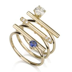 Amazing and stylish ring set! Gold rings with diamonds and sapphires #diamondjewelry