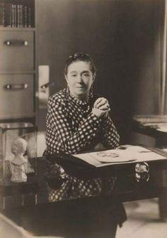 * Portrait de Jeanne Lanvin (1867-1946), vers 1925 photo Boris Lipnitzki (1887-1971)