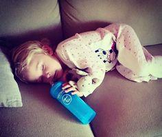Sunday mode! #twistshake #sleeping #twistshakecookiecrumb