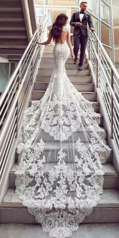 Romantic Tulle Floor-length Mermaid Wedding Dresses With Beadings & Lace Appliqu. - Romantic Tulle Floor-length Mermaid Wedding Dresses With Beadings & Lace Appliques Source by karlaholz - Backless Wedding, Sexy Wedding Dresses, Bridal Dresses, Gown Wedding, Wedding Cakes, Wedding Rings, Elegant Dresses, Wedding Ceremony, Tulle Wedding