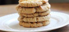 gluténmentes sajtos keksz Recipe Patch, Shortbread Cookies, Something Sweet, Taste Buds, Cheddar, Sweet Treats, Seeds, Lemon, Yummy Food