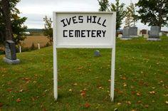 <p>Le Ives Hill Cemetery est un autre des vieux cimetières de Compton.</p>