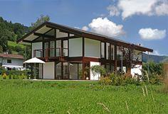 Kundenhaus - Brixental | Außenansicht mit Blick auf Terrasse | Finden sie mehr Informationen zu diesem Kundenhaus auf http://www.davinci-haus.de/haeuser-standorte/kundenhaeuser/wilder-kaiser-brixental/ #Traumhaus #Fertighaus #Holfachwerk