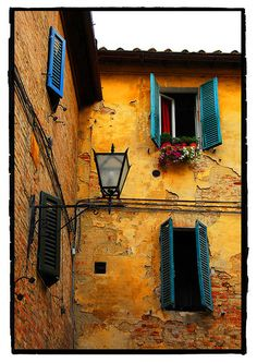 Windows, Siena, Italy Very typical. All the windows were lovely. Siena Italy, Tuscany Italy, Puglia Italy, Venice Italy, Porch Windows, Rustic Windows, Under The Tuscan Sun, Visit Italy, Italy Travel