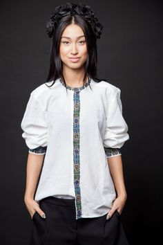 #fashion #style #romania #brand #romanian #motifs #spring #summer #colorful… Fashion Fabric, Fashion Art, Boho Fashion, Fashion Models, Fashion Outfits, Womens Fashion, Fashion Design, Shirt Embroidery, Embroidery Designs