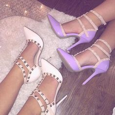 Find images and videos about fashion, shoes and luxury on We Heart It - the app to get lost in what you love. Pretty Shoes, Beautiful Shoes, Cute Shoes, Me Too Shoes, Heeled Boots, Shoe Boots, Shoes Heels, Shoe Bag, Dream Shoes