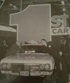1966 Chevrolet Impala was the first car off the production line at the new GM factory at Lordstown,Ohio on April Chevrolet Usa, Chevrolet Impala, 66 Impala, New Dodge, Detroit History, Cool Old Cars, Gm Car, Volkswagen, Ford Bronco