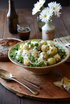 new potatoe salad with garlic and herb dressing