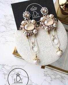 Funky Earrings, White Earrings, Unique Earrings, Beautiful Earrings, Beaded Earrings, Earrings Handmade, Beaded Jewelry, Handmade Jewelry, Fashion Earrings