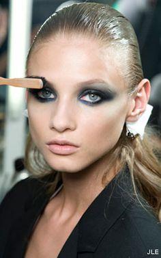 Versace's smoking eyes!
