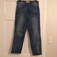 "Madewell Rivet & Thread Boyfriend Jeans Madewell Rivet & Thread high waisted boyfriend jeans. 26"" inseam. Great condition only worn once. Madewell Jeans Boyfriend"