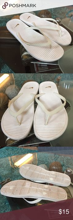 Nike flip flops Good used condition NIKE flip flops size 11 Nike Shoes Sandals