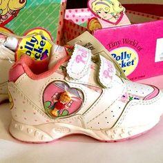 Polly Pocket, Childhood Memories 90s, Childhood Toys, Kitsch, Old School Toys, 90s Girl, Ol Days, Good Old, Vintage Toys