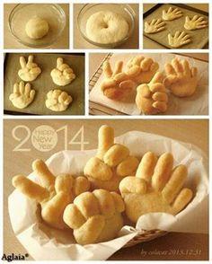 Bread shape like hands Cooking class? Cute Food, Good Food, Yummy Food, Bread Shaping, Bread Art, Food Decoration, Food Humor, Snacks, Creative Food