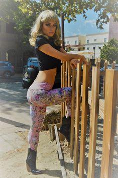 Matbt Easter Egg Bee Victorian Yoga Tights Short Running Pants Workout