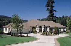 European Plan, European House Plans, Ranch House Plans, House Floor Plans, Stucco Homes, Stucco Exterior, Exterior Paint, Ranch Exterior, Exterior Colors