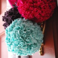Make whimsical pom poms out of t-shirts! easy free tutorial!