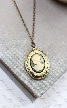 Oval Locket Necklace Green and Cream Cameo