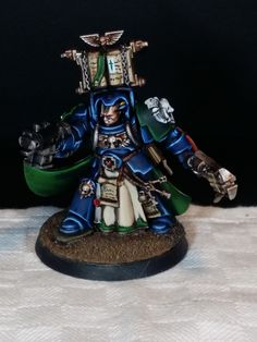 Warhammer 40.000 Space Marine librarian miniature painted by me, Sirio ;)