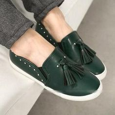 Buy 'FM Shoes – Tasseled Studded Slip-Ons' with Free International Shipping at YesStyle.com. Browse and shop for thousands of Asian fashion items from Taiwan and more!