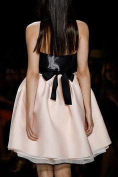 Monique Lhuillier apresenta sua coleção Spring/Summer 2015, na NY Fashion Week