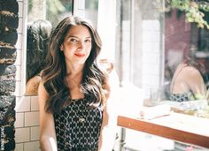 The Pursuit: How to Create a Business and Life You Love, the Marie Forleo Way - Tap the link now to Learn how I made it to 1 million in sales in 5 months with e-commerce! I'll give you the 3 advertising phases I did to make it for FREE! Business Portrait, Business Photos, Business Advice, Personal Branding, Marca Personal, Photography Branding, Lifestyle Photography, Portrait Photography, Marie Forleo