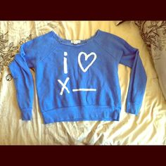 Crop top sweat shirt Forever21 Sweat shirt, only worn once Forever 21 Tops Sweatshirts & Hoodies