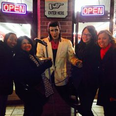 @hey_itsnic Elvis & the girls. #nashville #leadingandlovingit #retreat