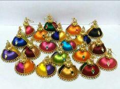 Jwellery Silk Thread Jumkas, Silk Thread Necklace, Thread Jewellery, Thread Art, Custom Jewelry, Diy Jewelry, Handmade Jewelry, Jewelry Making, Earring Tutorial