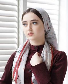 New Beautiful Children Muslim Ideas Iranian Beauty, Muslim Beauty, Beautiful Blonde Girl, Beautiful Girl Photo, Beautiful Muslim Women, Beautiful Hijab, Beautiful Children, Cute Beauty, Beauty Full Girl