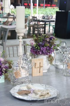 Beautiful Wedding centerpiece! #vintage #purple #wedding #flowers #tablenumber #hydrangeas #roses