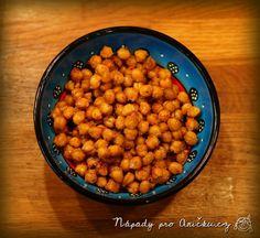 Pečená cizrna s česnekem a parmazánem Chana Masala, Dog Food Recipes, Food And Drink, Snacks, Cookies, Ethnic Recipes, Free, Crack Crackers, Appetizers